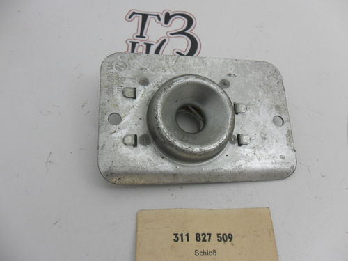 Notchback rear boot lock