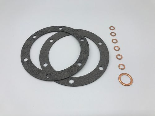 Gasket set for oil strainer